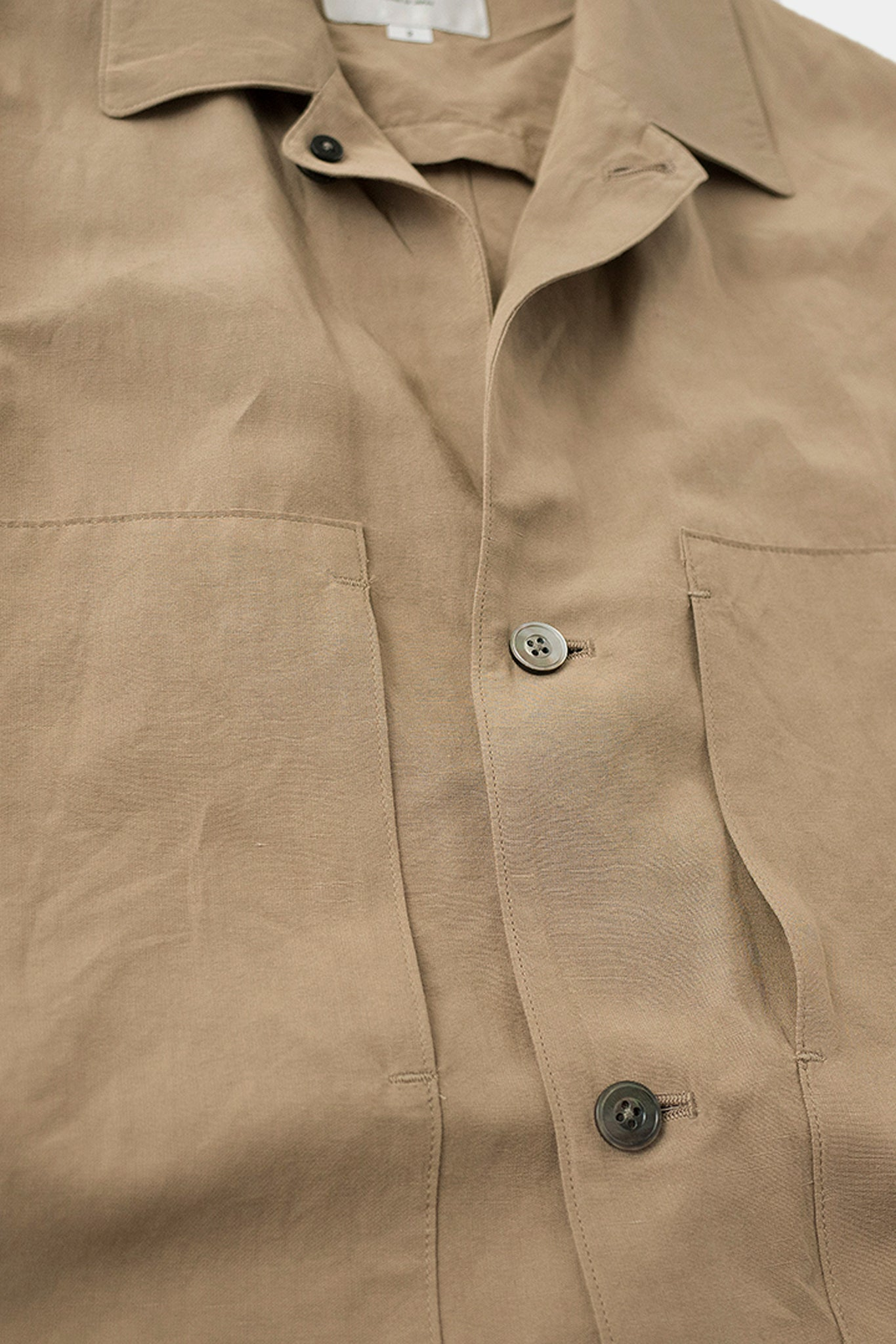 Large pocket shirtjacket beige