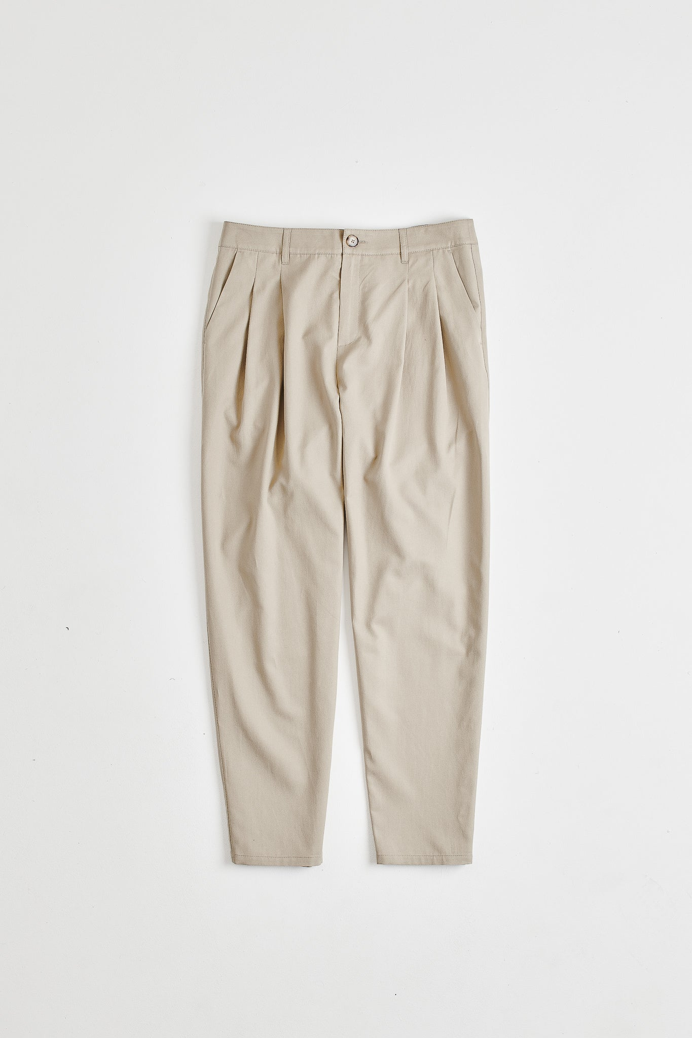 Pleated wide trousers beige