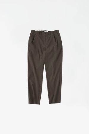 Slim tapered pants brown