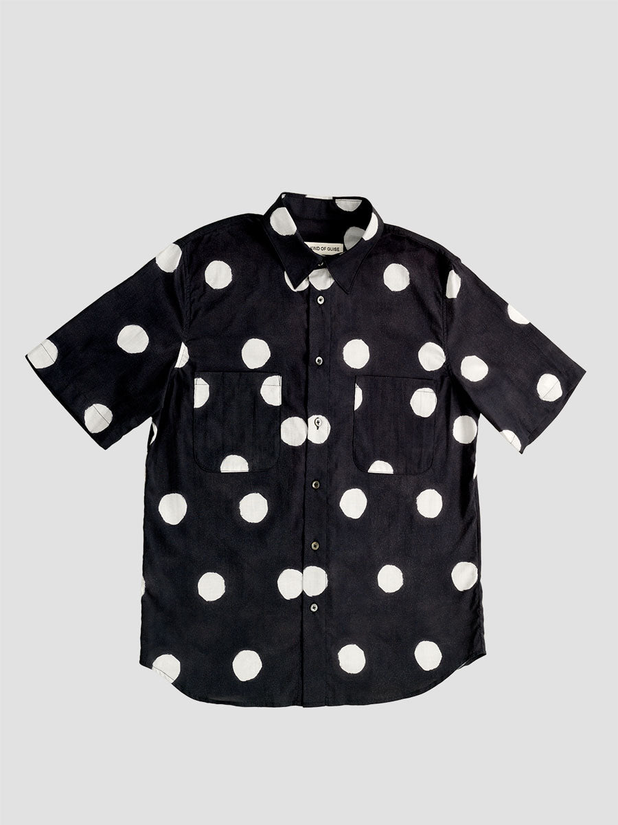 A Kind of Guise. Roy shirt dots