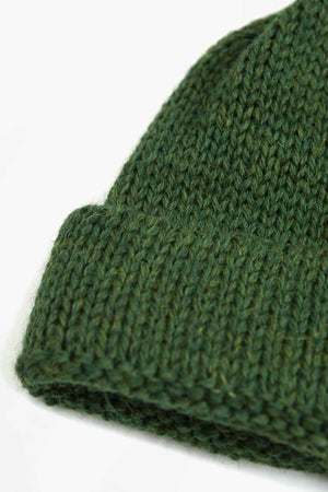 Short watch cap in green british wool