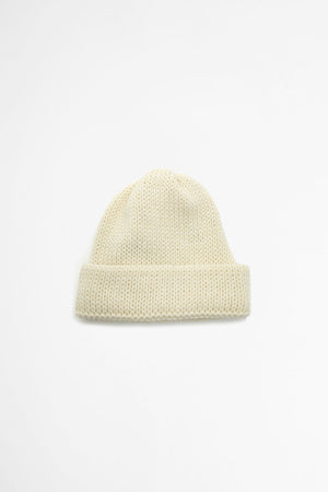 Short watch cap in aran british wool