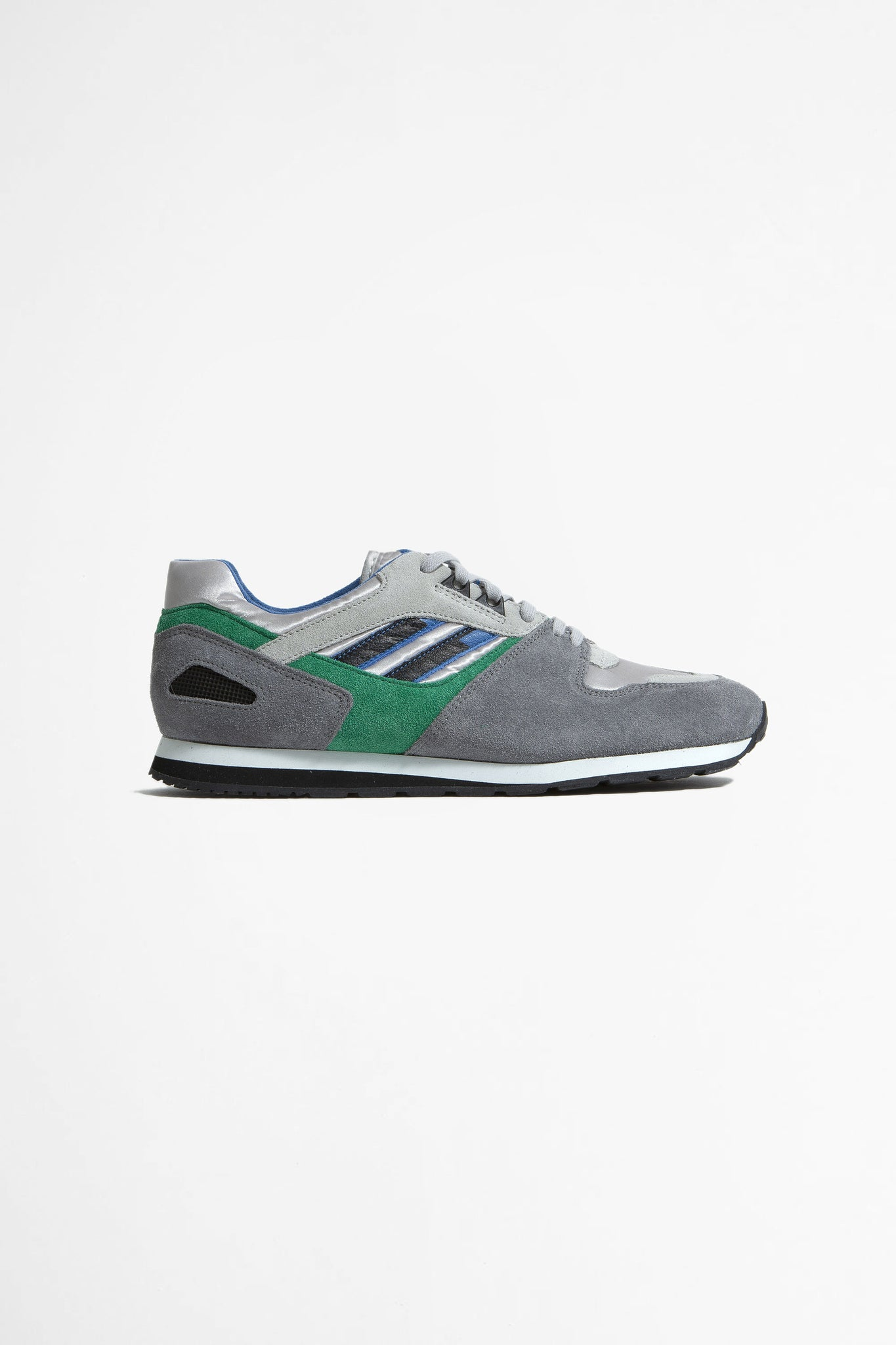 Austrian military trainer light gray/green/gray