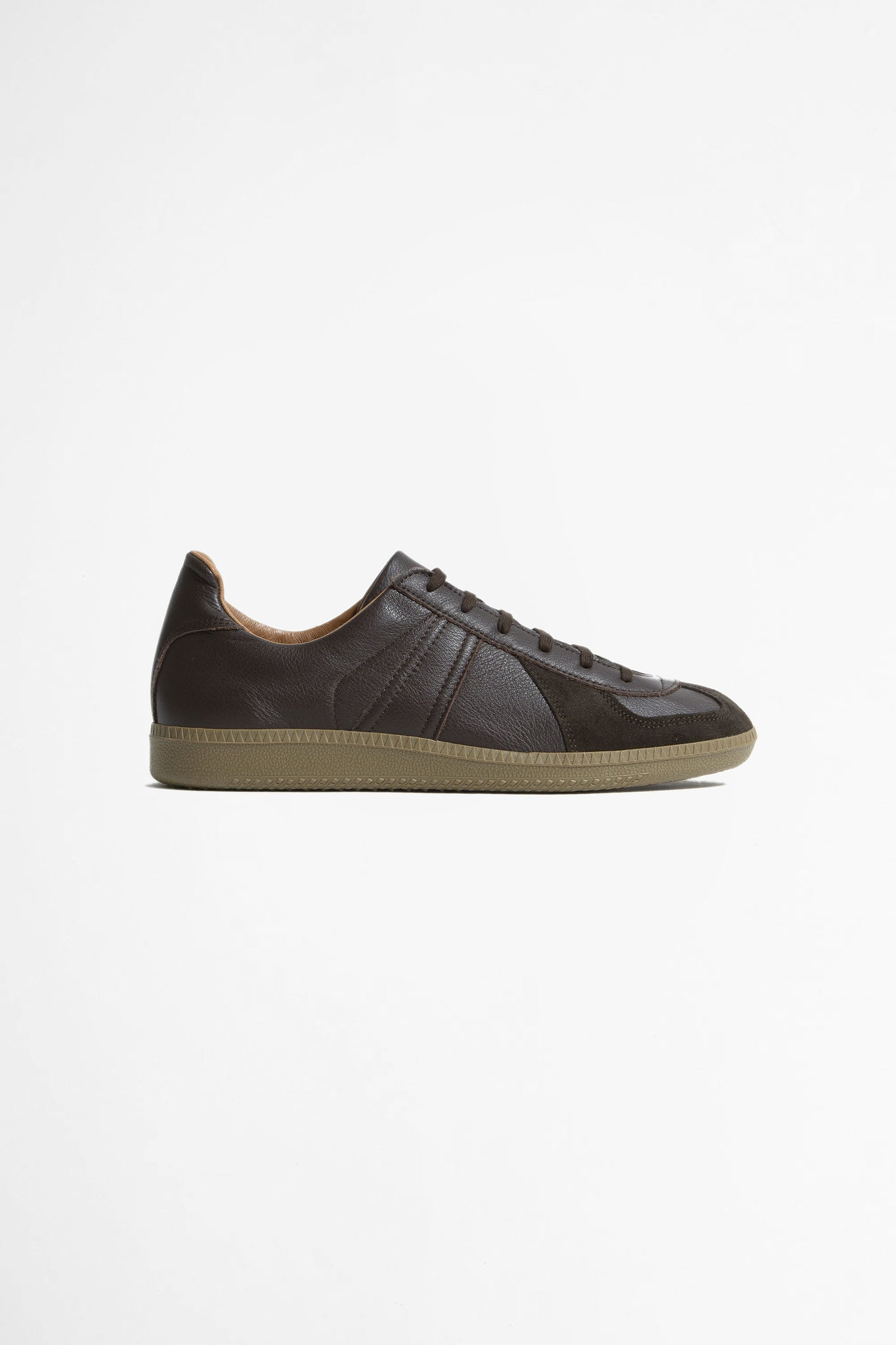 German military trainer dark brown