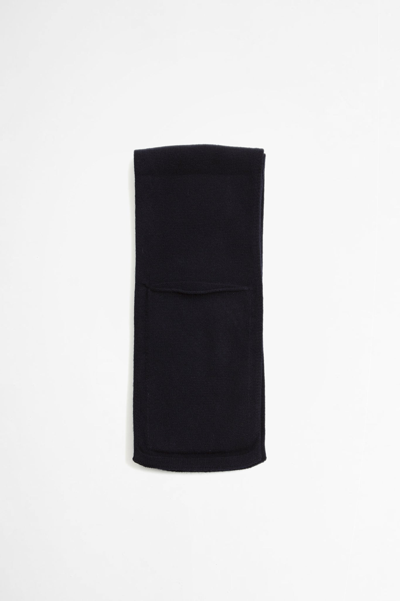 Pocket scarf lambswool dark navy