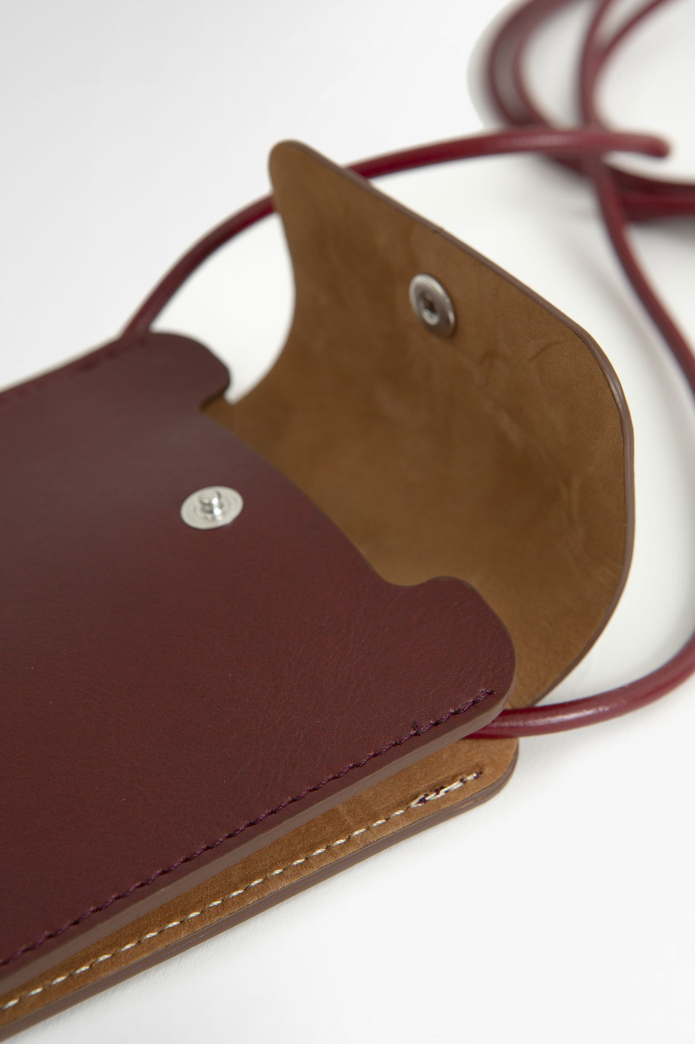 Leather phone pouch burgundy