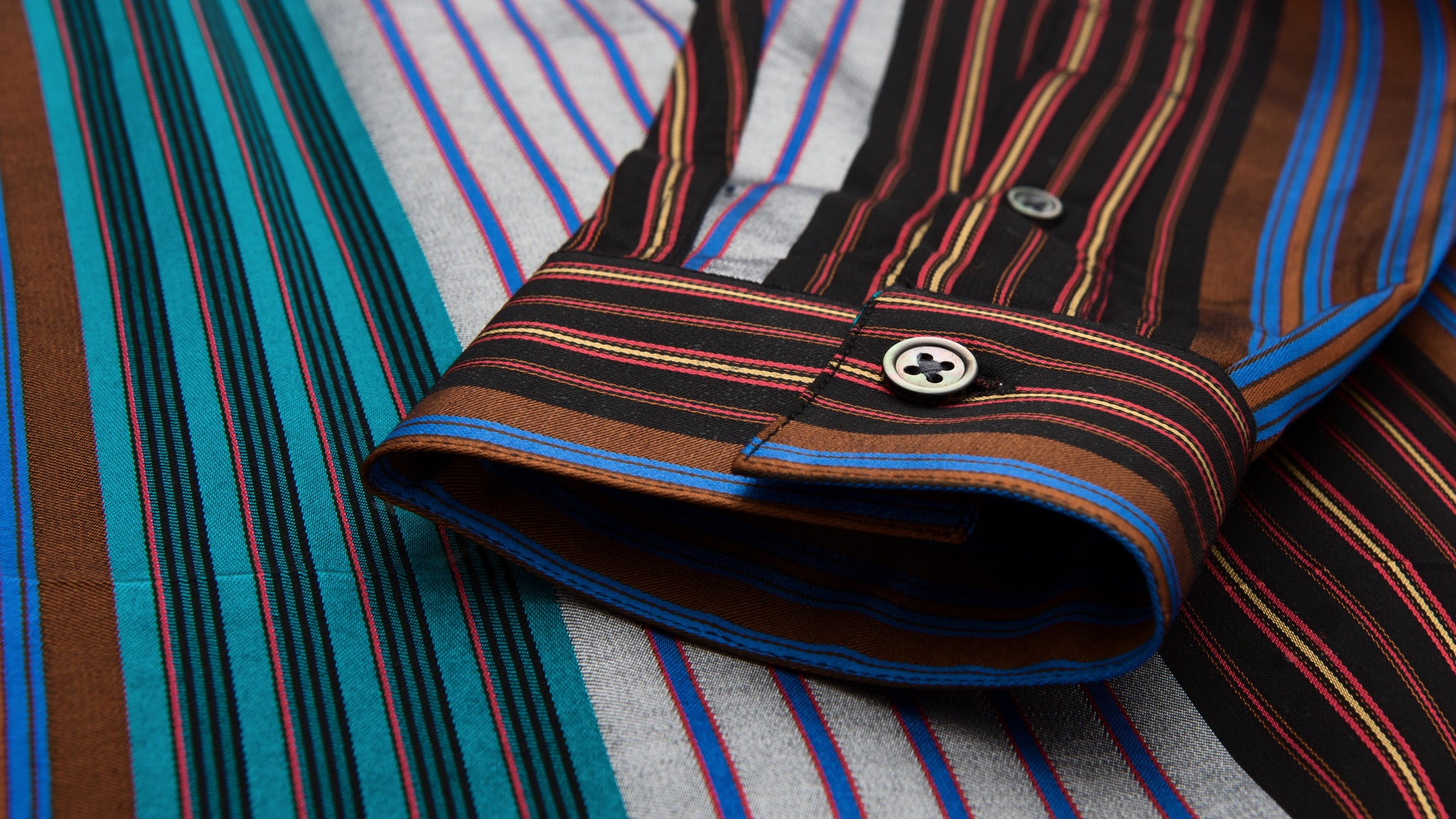 Études Studio. Family striped shirt