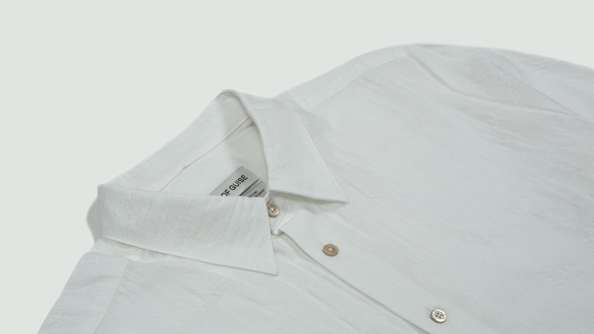 A Kind of Guise. Dharan Shirt soft white