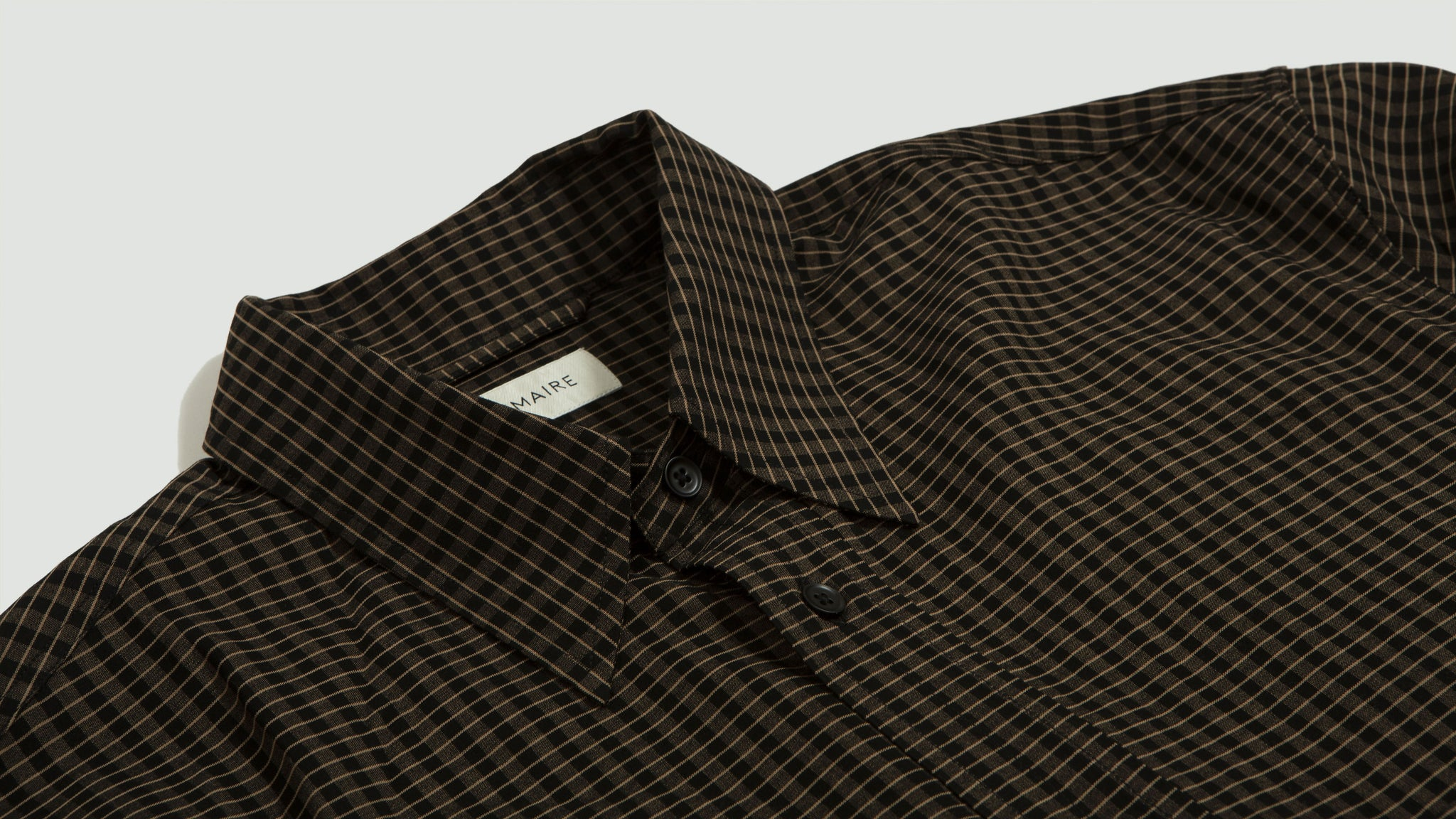 Lemaire. Straight-collar shirt biscuit