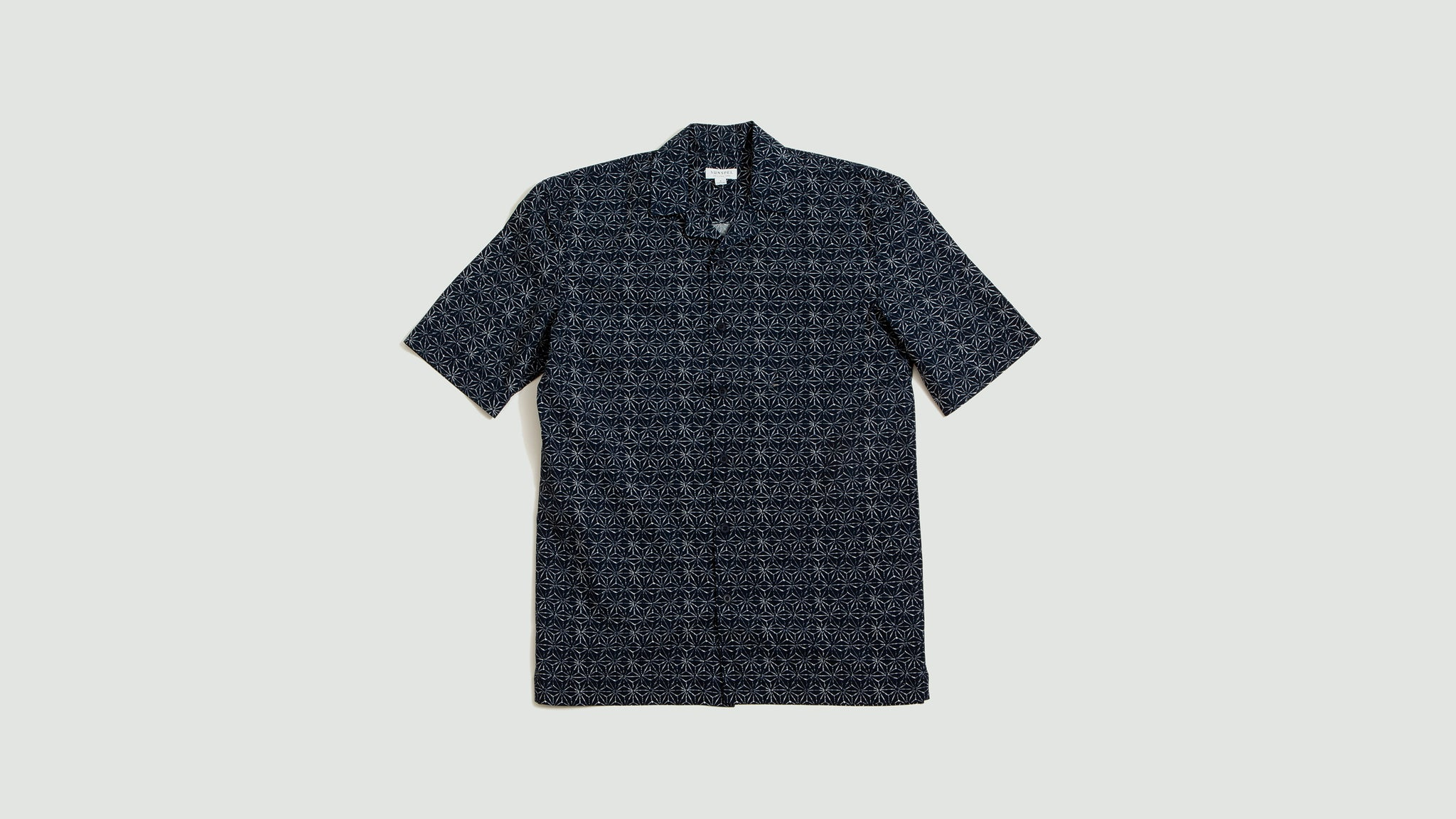 Sunspel. Short sleeve shirt shibori stars navy print
