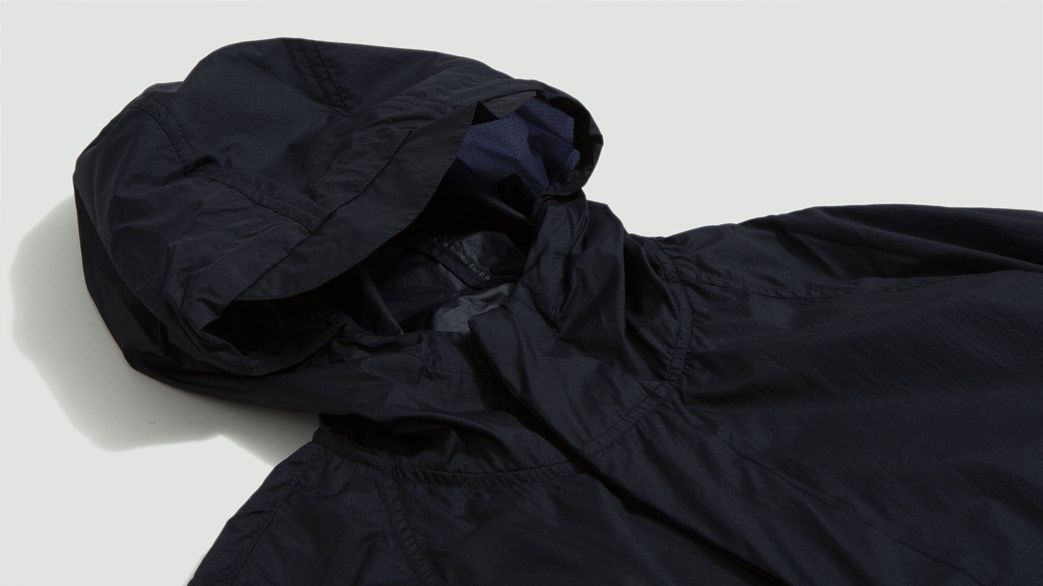 Norse Projects. Elias light rain dark navy