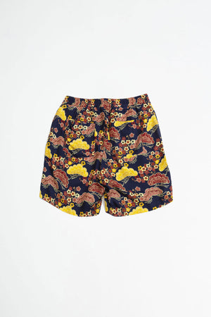Front shorts asian sky