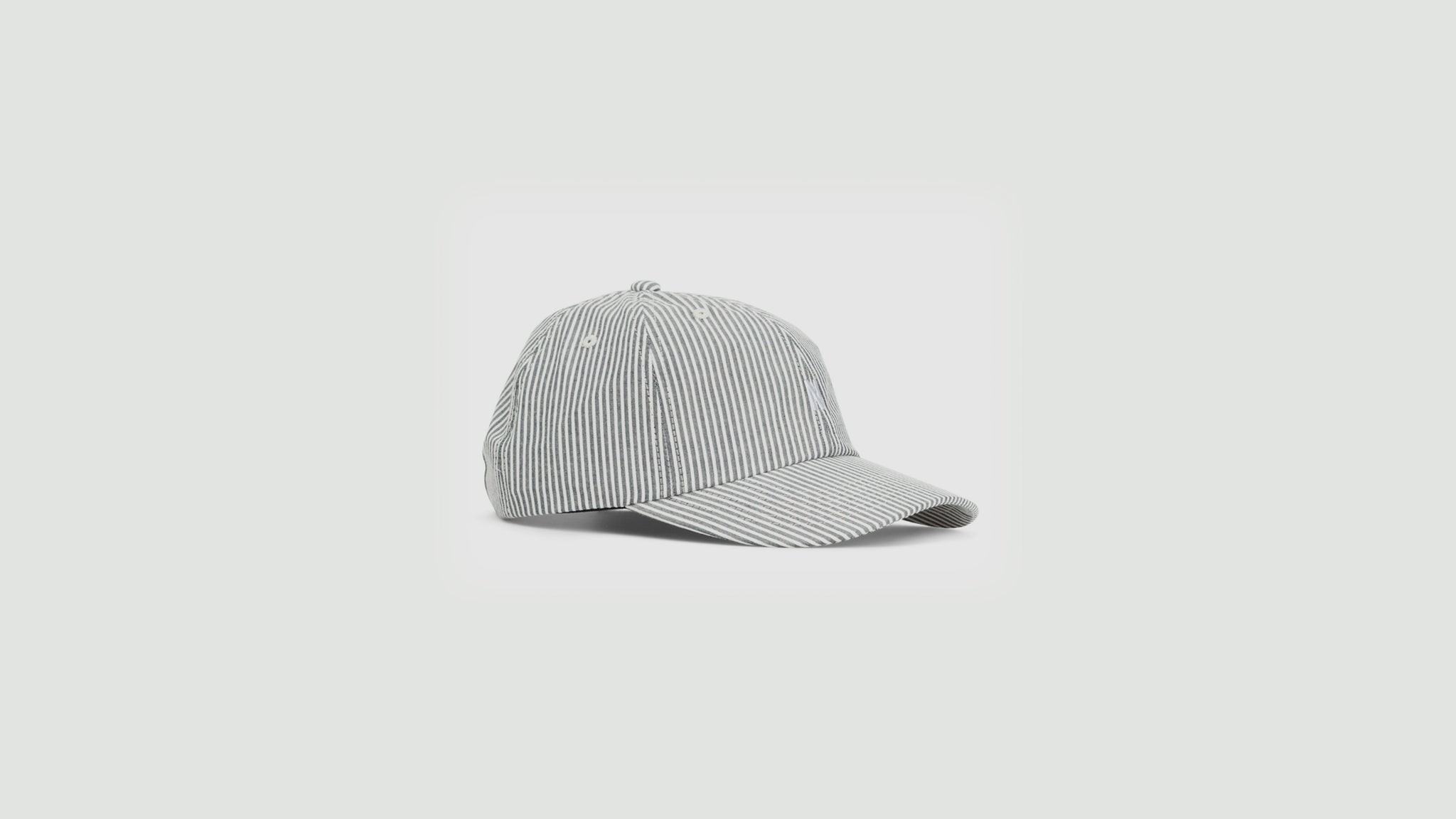 Norse Projects. Seersucker sports cap navy stripe