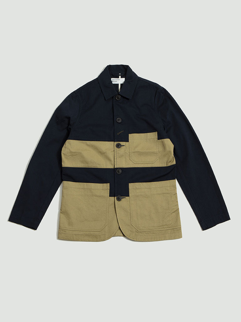 Universal Works. Panel bakers jacket twill navy/sand