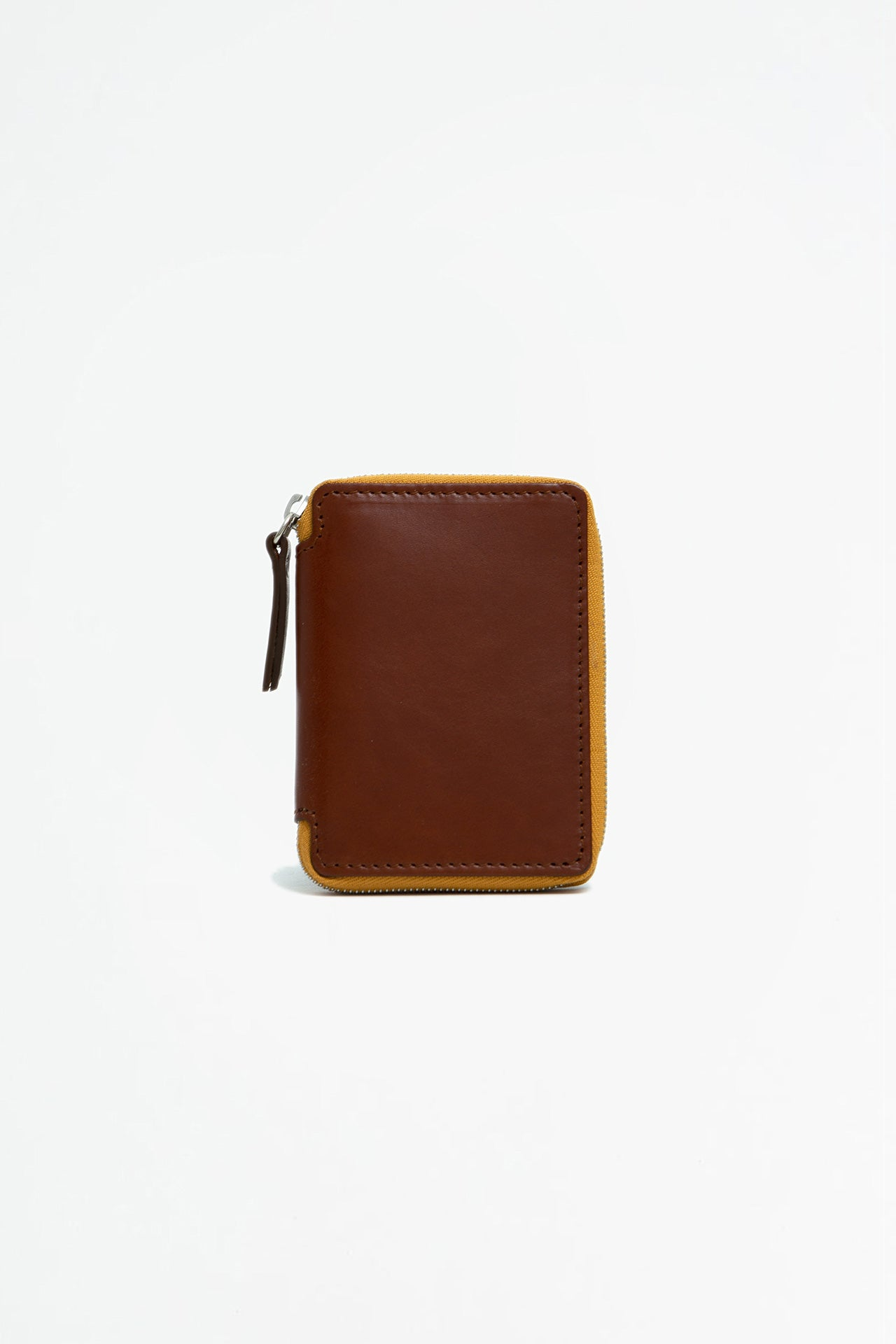 Small zipped wallet brown