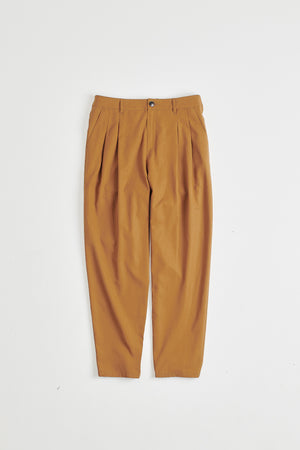 Pleated wide trousers brown