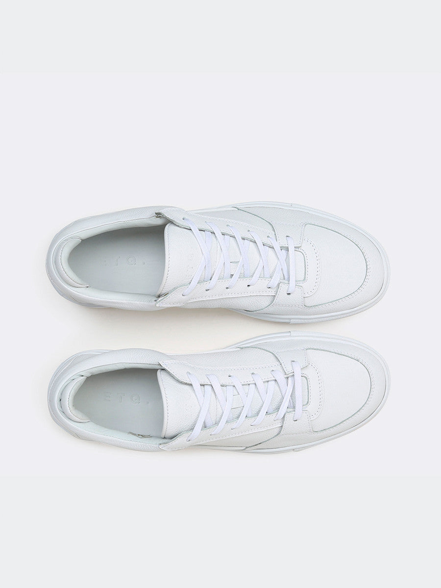 Low 3 sneakers by ETQ Amsterdam in white