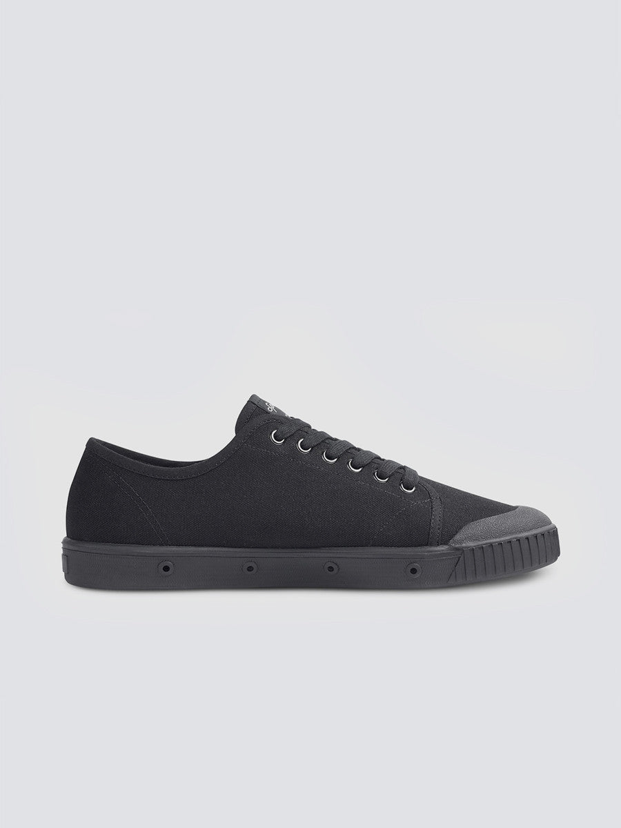 Black sneakers Classic G2 by Spring Court