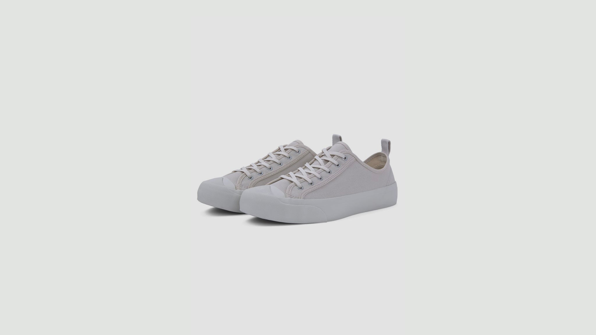 YMC. Wing Tip trainers cream
