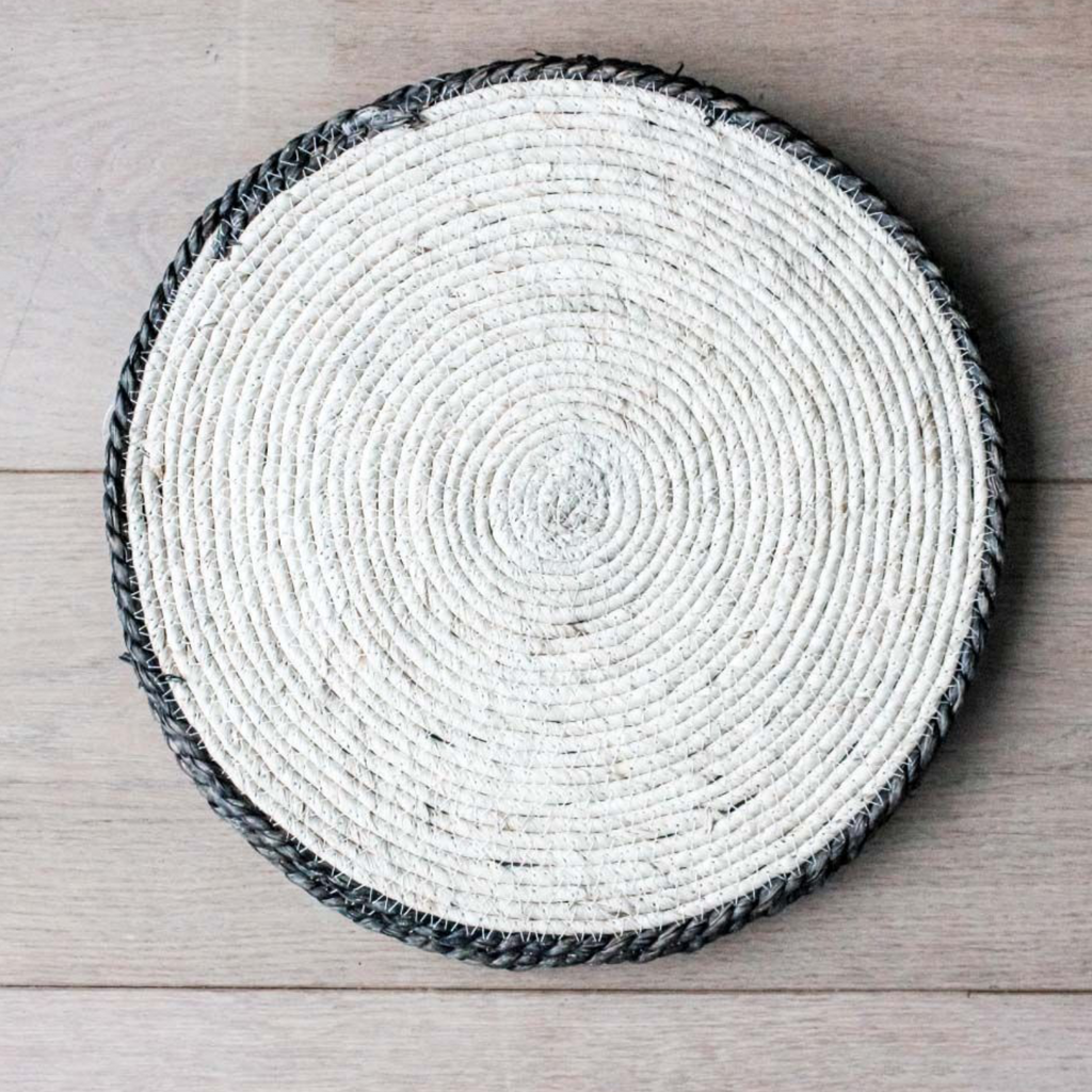 natural maize placemat charger