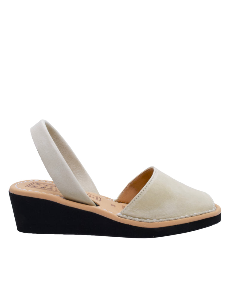 Leather Sandal-Menorquina Cream Heel by Ethical & Sustainable Fashion Brand Mamahuhu
