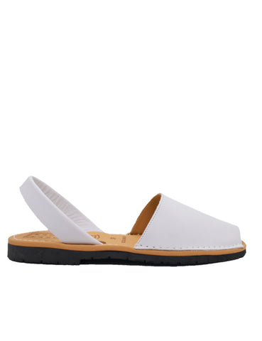 Leather Sandal-Menorquina Snow Flat by Ethical & Sustainable Fashion Brand Mamahuhu