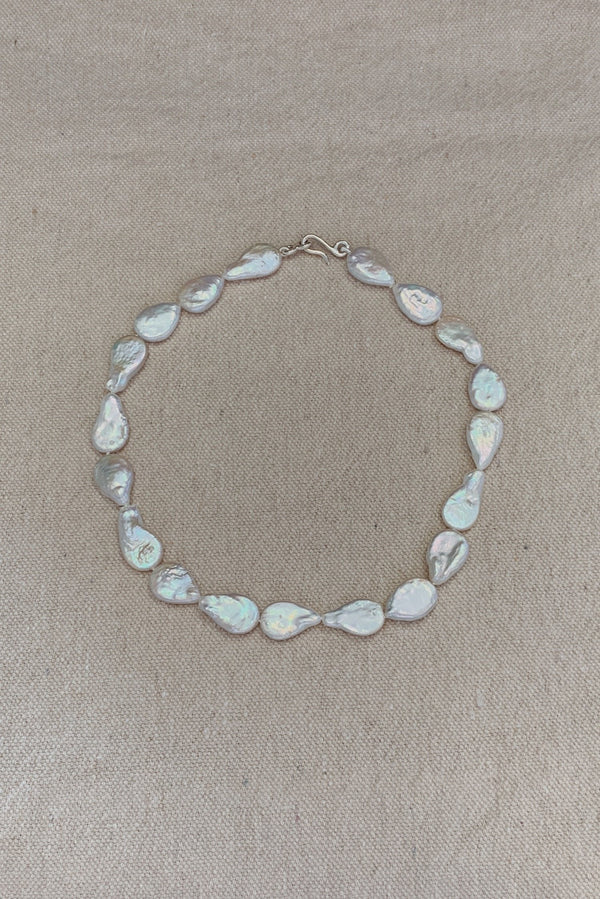Misshapen Flat Pearl Choker - By Holly Ryan