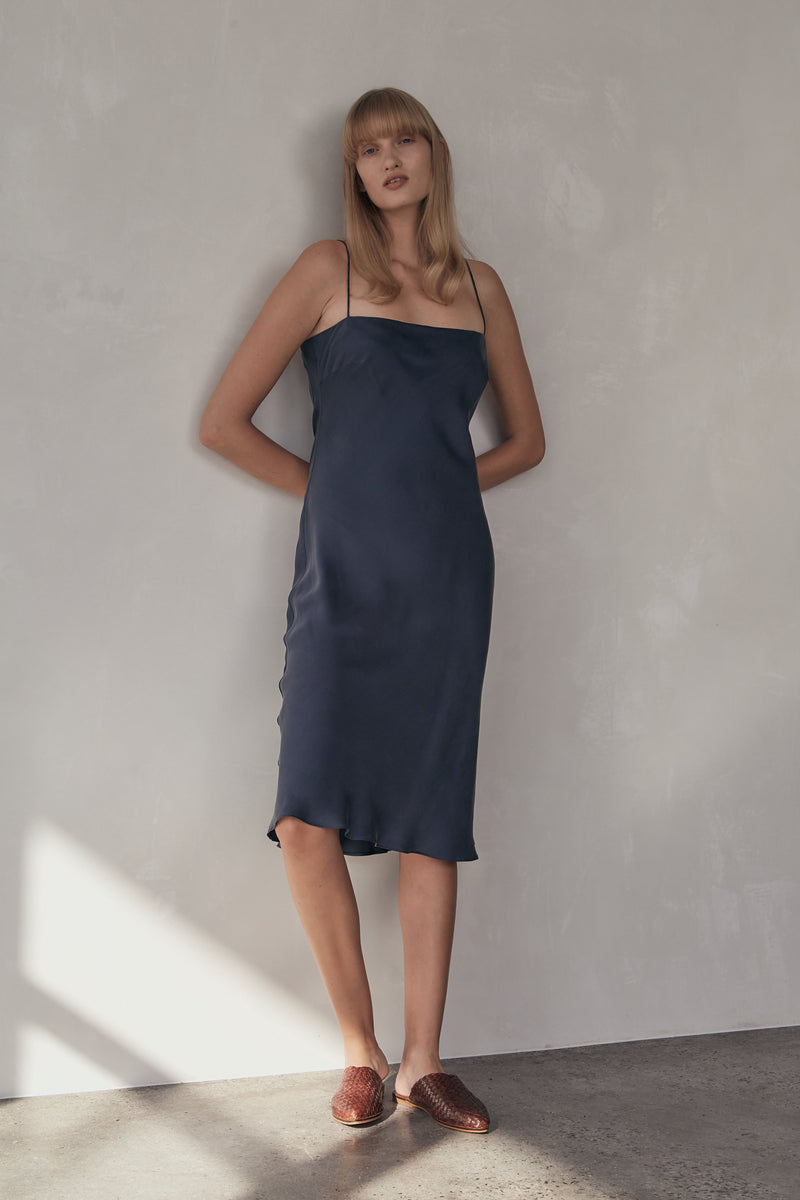 Belle Silk Dress - Navy