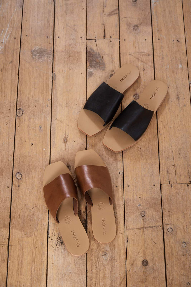 Margot Slide - Black