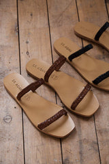 Juliet Slide - Antique Tan