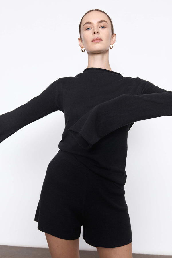 Mies Mock Neck Top - Black