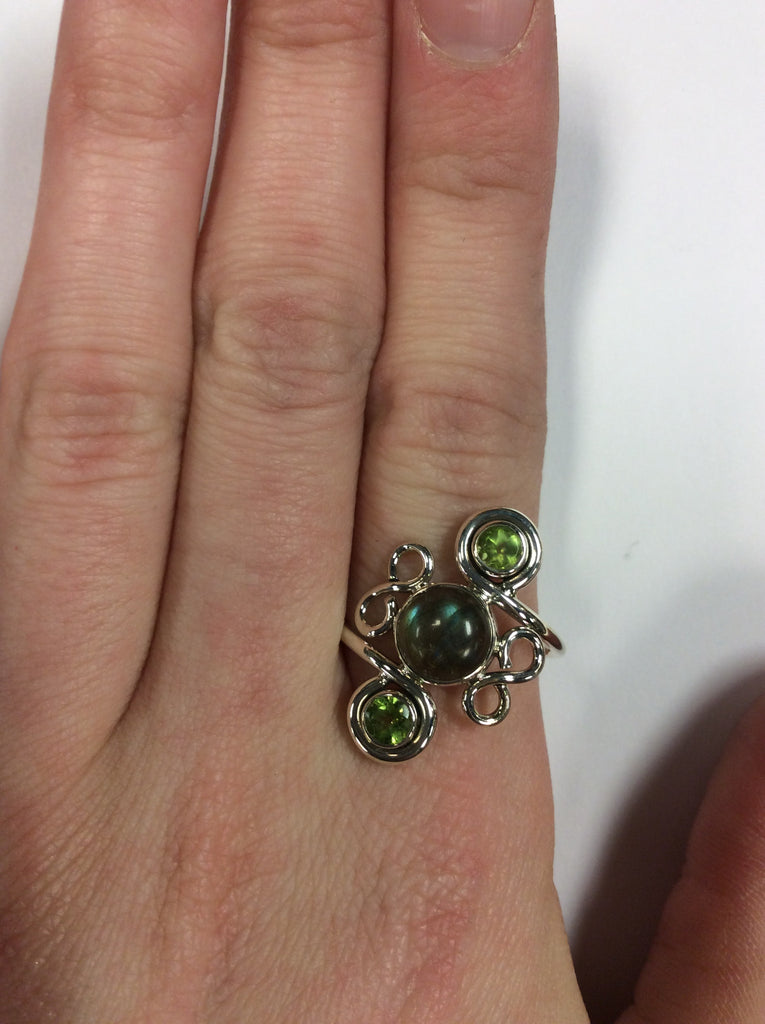 Sterling Labradorite Peridot Ring