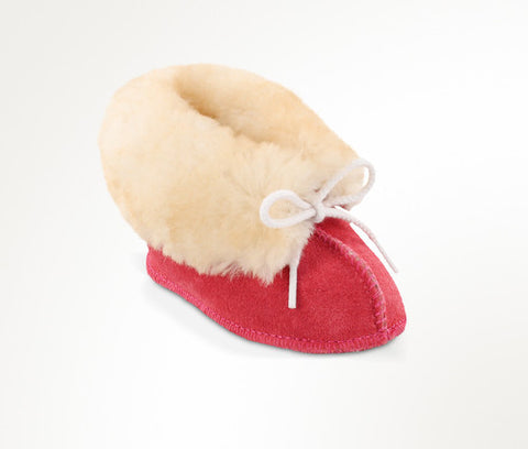 Minnetonka Baby Sheepskin Bootie Hot Pink