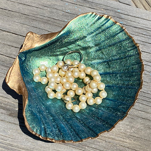Scallop Shell Jewelry Holder - Green