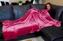 THROWBEE Blanket-Poncho - HOT PINK