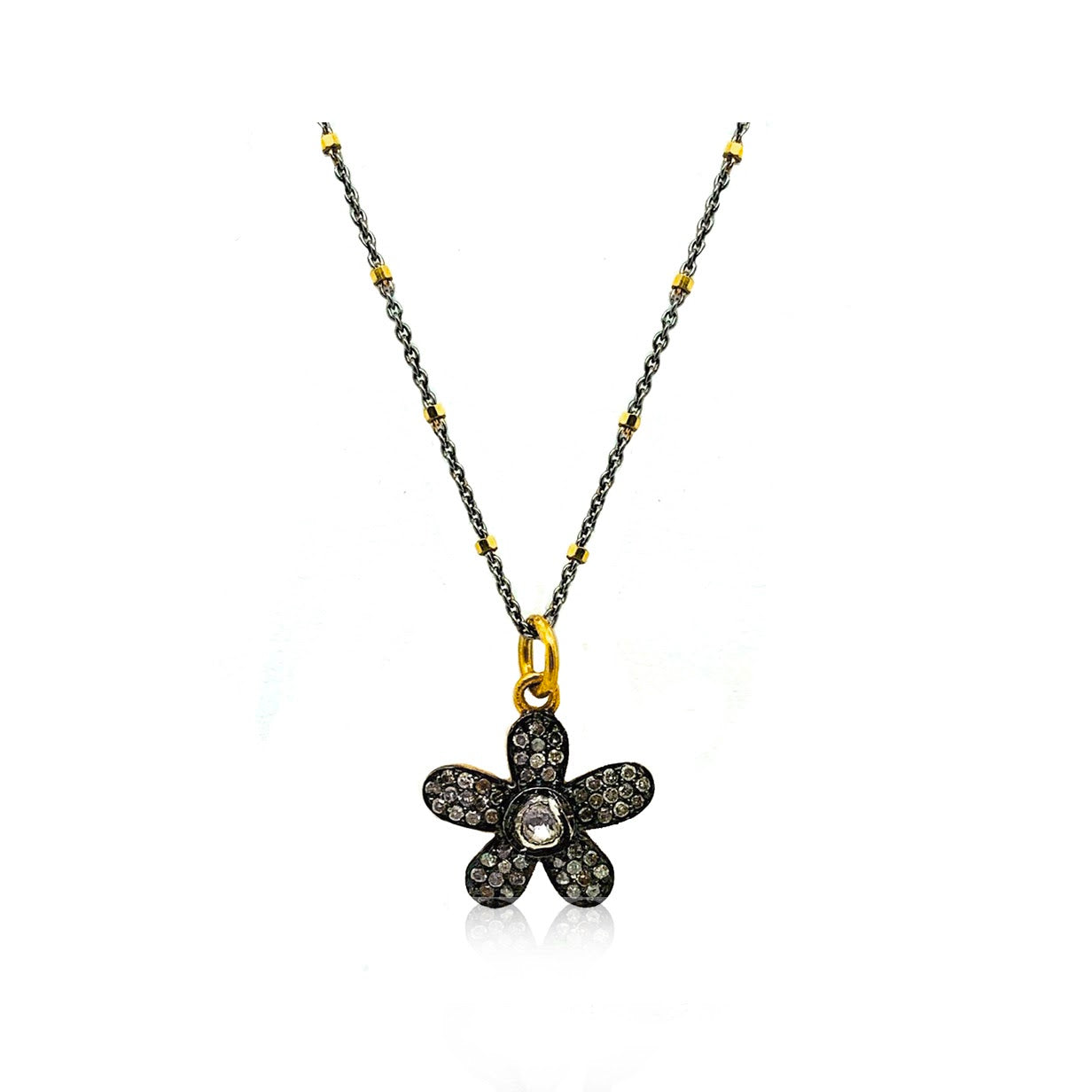 Happy Pave Diamond Daisy Necklace