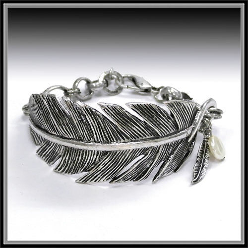 Feather Bracelet - Ropes and Rhinestones