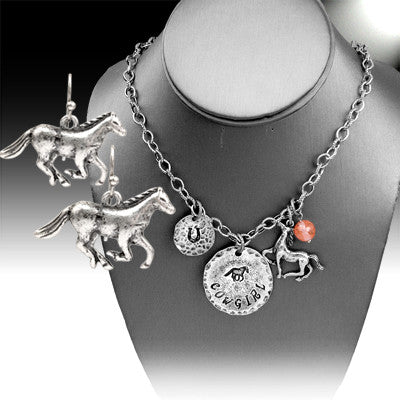 Cowgirl Charm Necklace Set - Ropes and Rhinestones