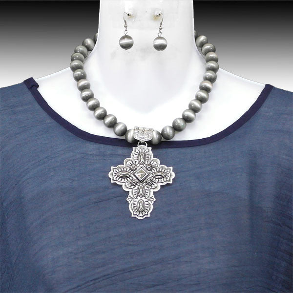 Santa Fe Cross Necklace - Ropes and Rhinestones