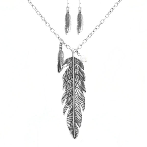 Double Feather Necklace - Ropes and Rhinestones