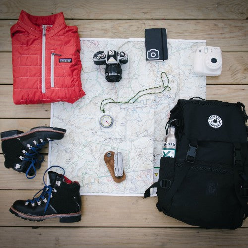 what to pack when you go hiking