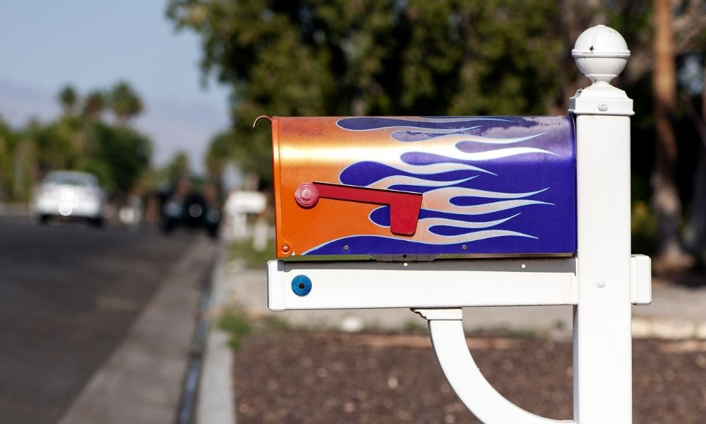 Tips for Giving Your Mailbox a Makeover