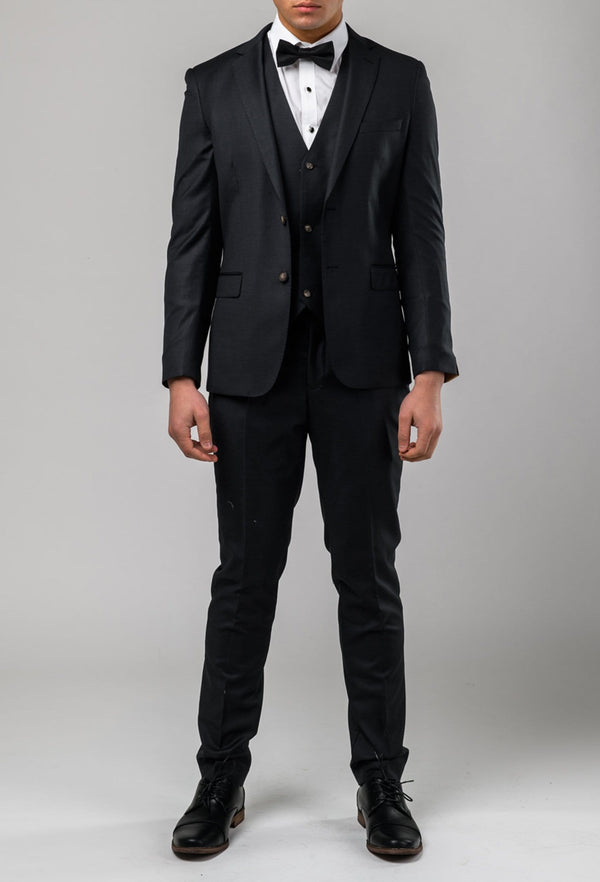 A full length view of the Aston slim fit moores suit in charcoal A029301S-NL