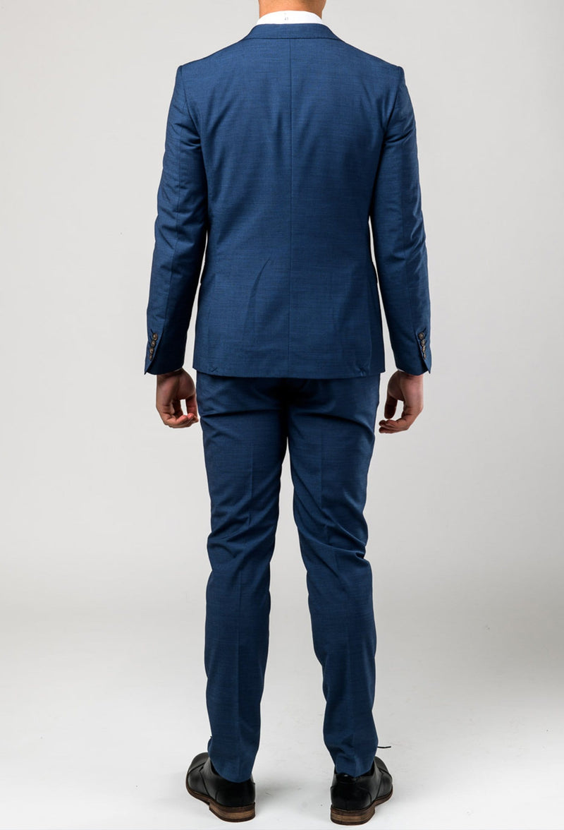 a full length picture of the aston slim fit leon suit in slate A042682 from the back
