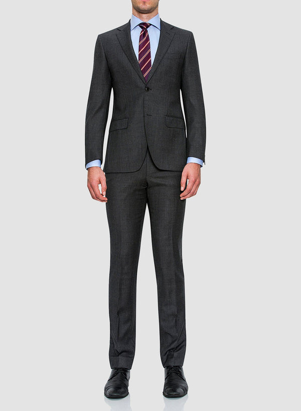 A model wears the Cambridge classic fit morse suit in grey pure wool FCC076