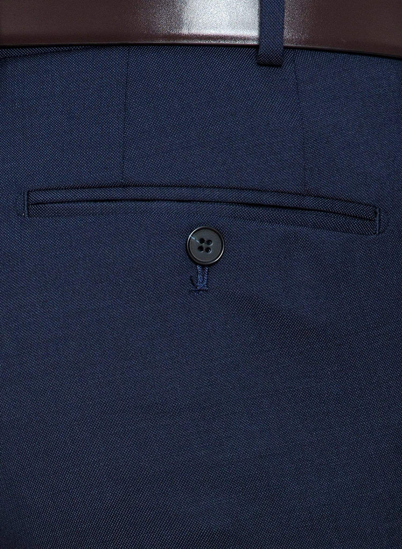 a close up the pocket detail on the Cambridge classic fit interceptor trouser in dark blue navy pure wool F2800