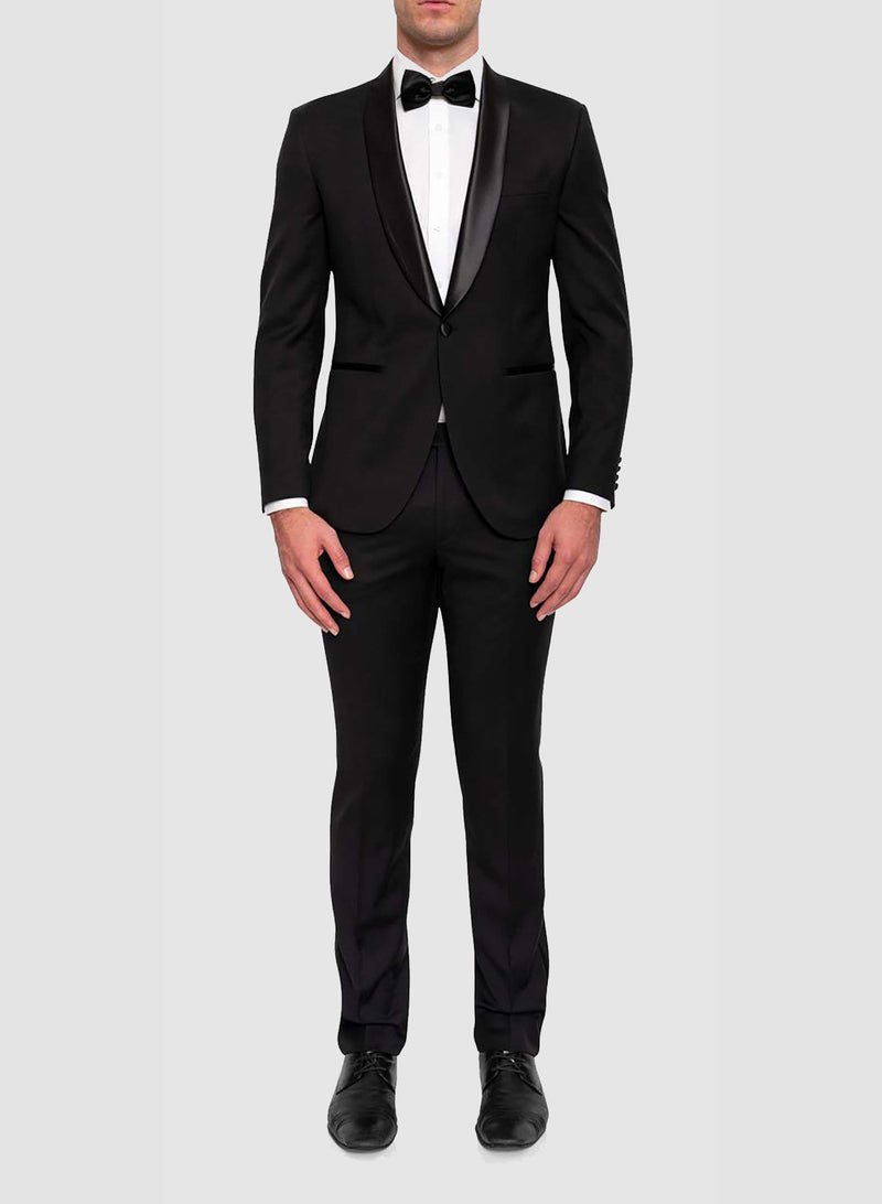 full front view of a model wearing the Cambridge classic fit sinatra evening suit in black pure wool F487