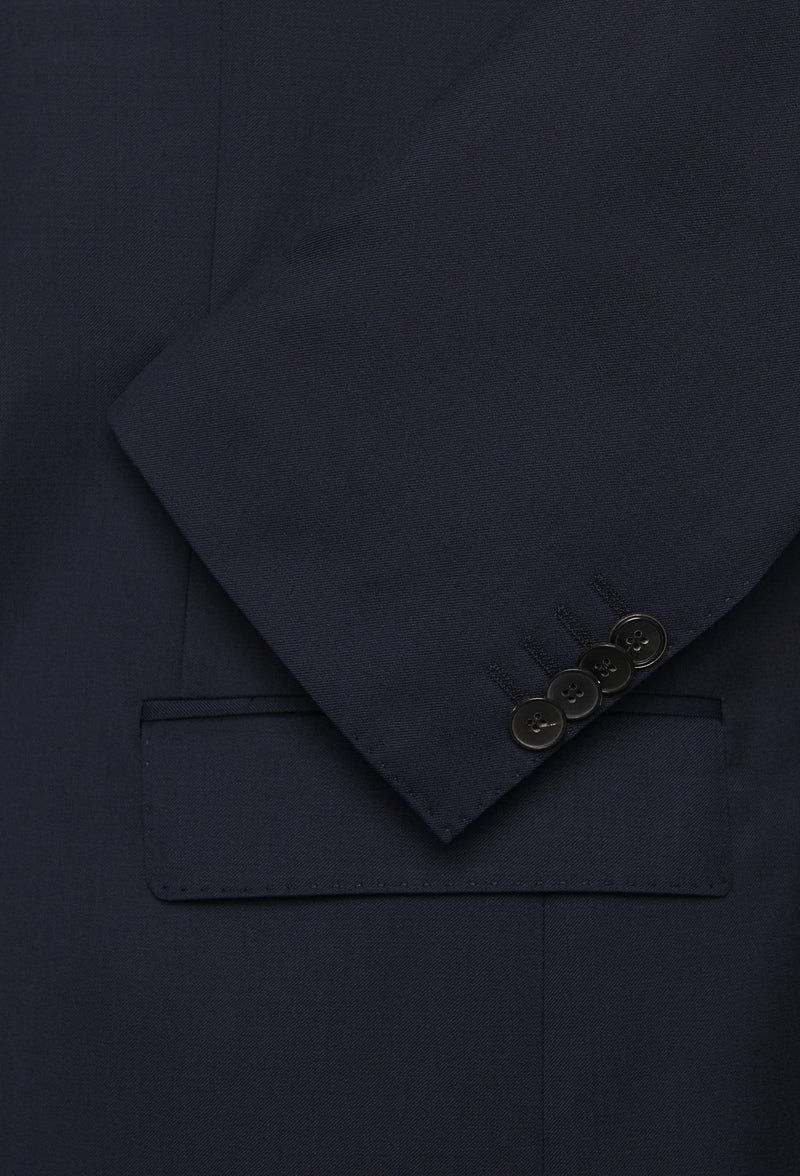 a close up view of the button and pocket details on the Hugo Boss slim fit heyes suit in dark blue pure wool HB50318498-401