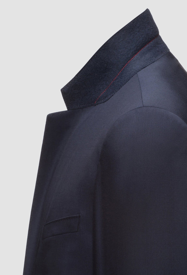 a close up view of the lapel detail on the Hugo slim fit henry dinner suit in dark blue pure wool HB50379442-401