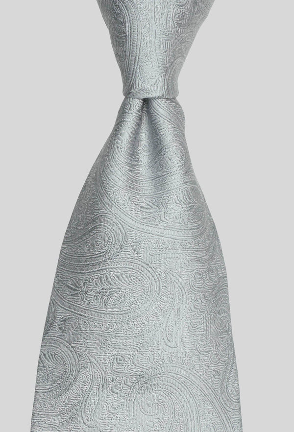 Joe Black paisley jacquard tie in silver PJAF000017 tied in a Windsor knot